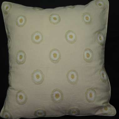 Crewel Pillow Circle  Design on cream cotton fabric